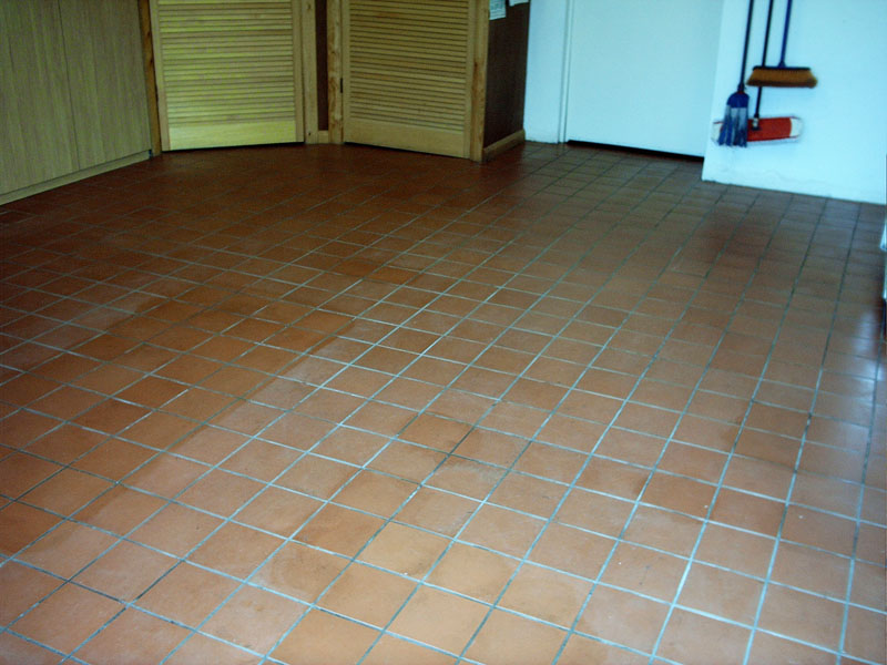 Internal Floor Cleaning