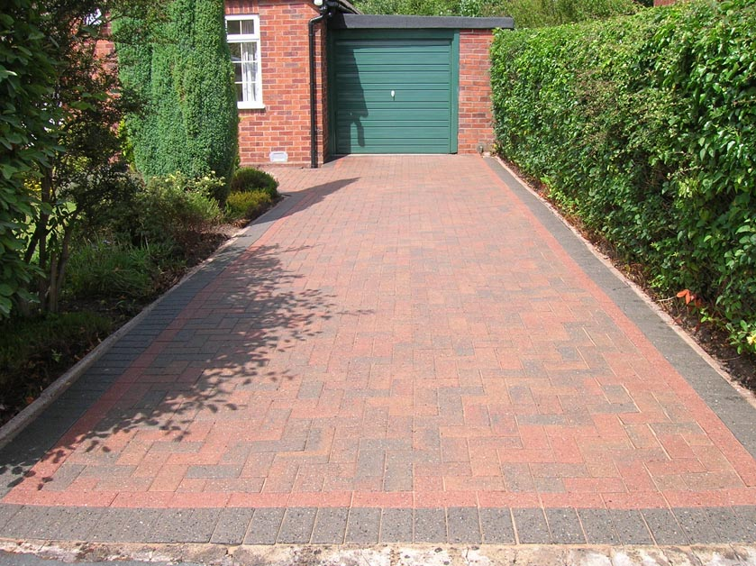 Cleaning Block Paving driveways